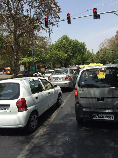 Traffic in New Dehli during odd-even scheme