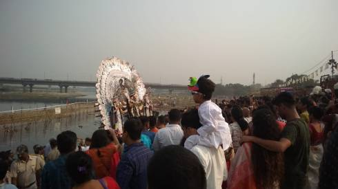 durga_on_yamuna